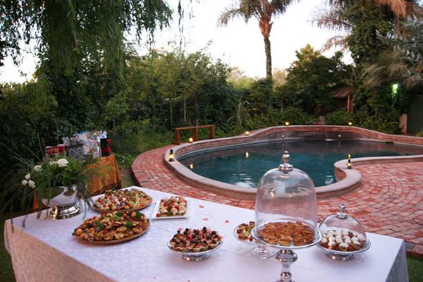 Snacks Table at the Swimming Pool | African Vineyard Guest House | Kanoneiland Accommodation